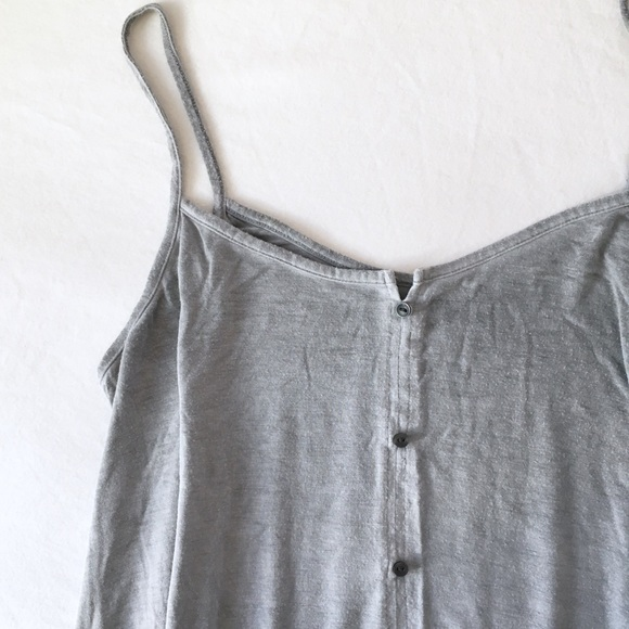 7c6ee327d4961 American Eagle Outfitters Tops - AE soft and sexy button swing tank